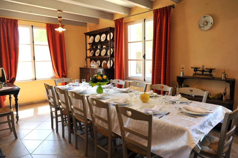 Photos Dining Room And Kitchen Of The Mill At Offrecourt
